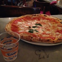 Foto scattata a Pizzeria Sorbillo da Mike D. il 7/12/2012