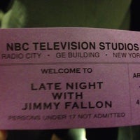 Foto tirada no(a) Late Night with Jimmy Fallon por Danielle F. em 9/4/2012