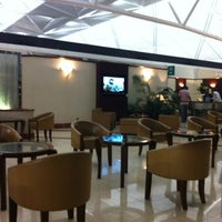 Photo taken at Emirates Lounge by Del S. on 5/15/2012