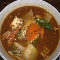 Photo taken at ริมเขื่อน (Rim Khuean Restaurant) by Sirirat C. on 4/16/2012