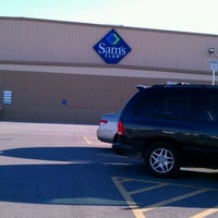 Photo taken at Sam's Club by ACMII♒ on 10/3/2011