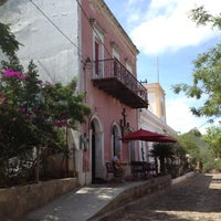 Photo taken at Caffe El Triunfo by Melisa N. on 8/19/2012