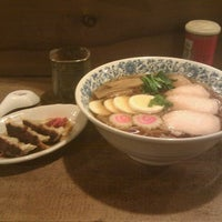 Photo taken at Norikonoko Japanese Restaurant by Geoffrey L. on 1/13/2012