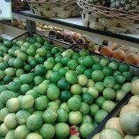 Photo taken at Econ Supermercados by Rafael F. on 2/15/2012