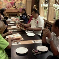 Foto tomada en Pizza Hut por Kairez C. el 1/6/2012