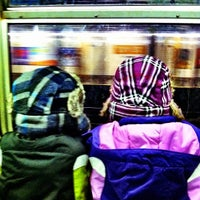 Photo taken at MTA Subway - 23rd St (F/M) by @cfnoble on 11/24/2011