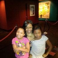 12/18/2011にFLOSSY C.がHudson Mall Cinemas 7で撮った写真