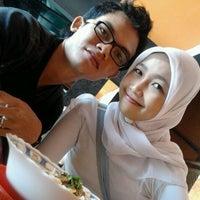 Photo taken at Bubur Ayam 43 by Oim T. on 1/20/2012