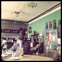 รูปภาพถ่ายที่ Café Klatsch โดย Jurgen F. เมื่อ 5/18/2012