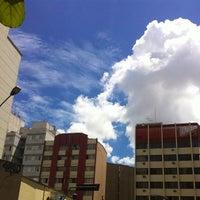 Foto tirada no(a) Rua Maria Antônia por Dedi N. em 1/25/2012