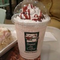 Foto tomada en Sweet & Coffee por Juan Francisco C. el 1/11/2012
