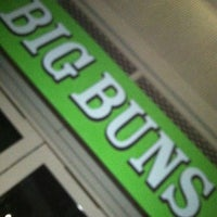 Foto tirada no(a) Big Buns por Red B. em 4/21/2012