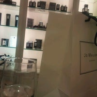 Photo taken at Jo Malone Hyde Park by Taelo C. on 6/8/2012