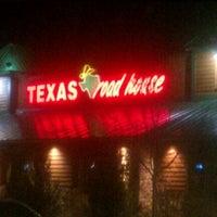 Photo taken at Texas Roadhouse by Jeighsen ®. on 2/1/2012