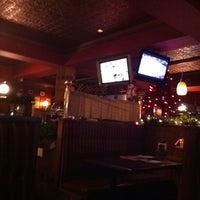 Photo prise au Moe's bar & grill par Frédéric R. le12/11/2011