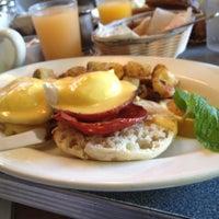 Снимок сделан в Dizzy's Diner пользователем Cliff C. 8/26/2012