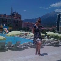 6/28/2011 tarihinde Kirill I.ziyaretçi tarafından White Lilyum Hotel'de çekilen fotoğraf