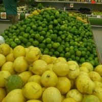 Foto tirada no(a) Higa's Supermercados por Rubinhoparkbeer D. em 4/22/2012
