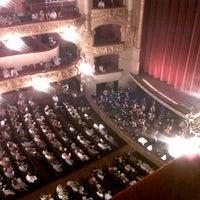 7/30/2012 tarihinde Mireia m.ziyaretçi tarafından Liceu Opera Barcelona'de çekilen fotoğraf
