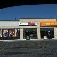 Photo taken at Gamestop by Greene T. on 5/16/2012