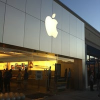 Photo taken at Apple The Promenade Shops at Briargate by Diane S. on 8/31/2011