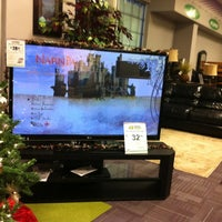 Photo taken at HOMESMART by WIRELESSMODS on 12/23/2011