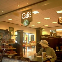 Photo taken at Barnes & Noble by Maria G. on 12/5/2011