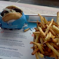 Photo taken at Elevation Burger by Kitten on 10/12/2011