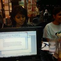 Photo taken at Restoran Al-Ali Bistro by Bizkin R. on 8/22/2011