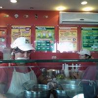 Photo taken at Blatt Salat Haus by Gilberto V. on 6/29/2011