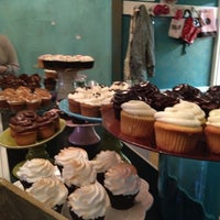 Photo taken at Lavender Moon Cupcakery by Rachel G. on 11/13/2011