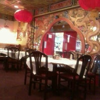 Снимок сделан в Szechwan Chinese Restaurant пользователем Rick D. 10/13/2011