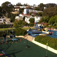 Photo taken at Sunnyside Playground & Recreation Center by Ohad B. on 11/13/2011