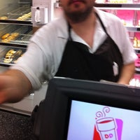 Photo taken at Dunkin' Donuts by Melvin J. on 4/13/2011