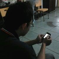 Photo taken at Jalan Bubutan by Qiu Y. on 1/28/2012