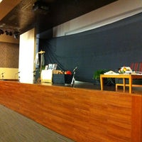 Foto tirada no(a) Auditorium BINUS University por Giovanni G. em 6/14/2012