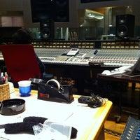 Photo taken at Azabu O Studio by Tottokotottotto on 12/5/2011