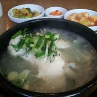 Photo taken at 명동삼계탕 by Yoojin S. on 12/19/2011