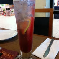 Photo taken at Pizza Hut by Lai P. on 7/14/2012