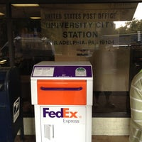 Photo taken at US Post Office by Ugur C. on 8/31/2012