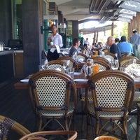 Foto scattata a Waterfront Seafood-Bar-Grill da Ray H. il 3/9/2012
