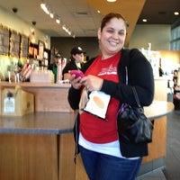 Photo taken at Starbucks by Felix R. on 11/9/2011