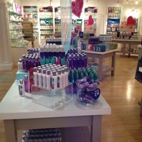 Photo taken at Bath & Body Works by Devereau C. on 7/29/2012
