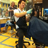 Photo taken at Eloon Hair Salon by Vivi 慧. on 9/18/2011