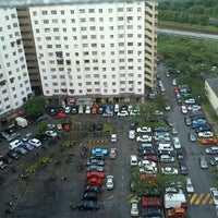 Photo taken at Parking Keta Moto Sri Penara, Bndr Sri Permaisuri by Mohd Hamdan M. on 10/26/2011