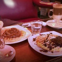 Photo taken at Suca Chocolate Lounge & Coffee by Vane P. on 6/30/2012