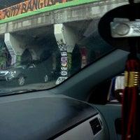 รูปภาพถ่ายที่ Krog Street Tunnel โดย Naomi G. เมื่อ 9/2/2011