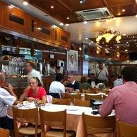 Foto scattata a Cervejaria Ramiro da Ivan L. il 5/13/2011