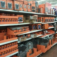Photo taken at Walmart Supercenter by Taric A. on 10/29/2011