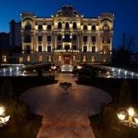 Снимок сделан в Pontos Plaza Hotel&SPA пользователем Vladimir K. 6/4/2012